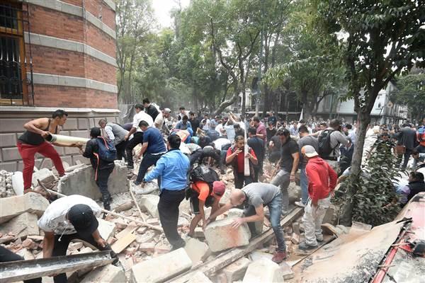 Powerful 7.1 magnitude earthquake rocks Mexico City, killing nearly 150